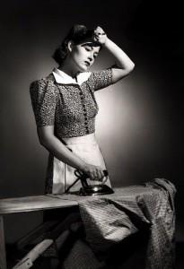 woman-ironing